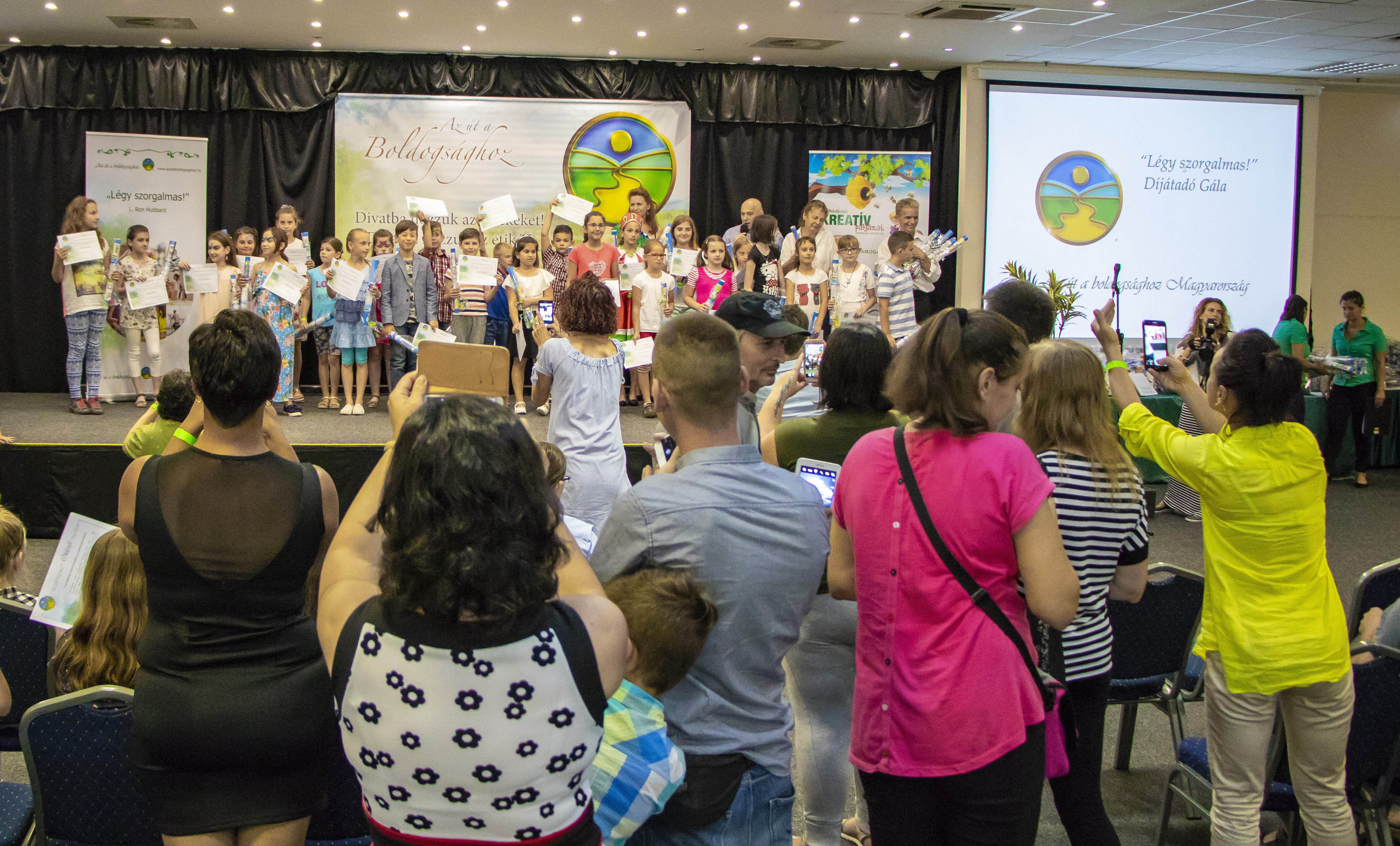 Mutass jó példát! gyerekpályázat ünnepélyes díjátadója